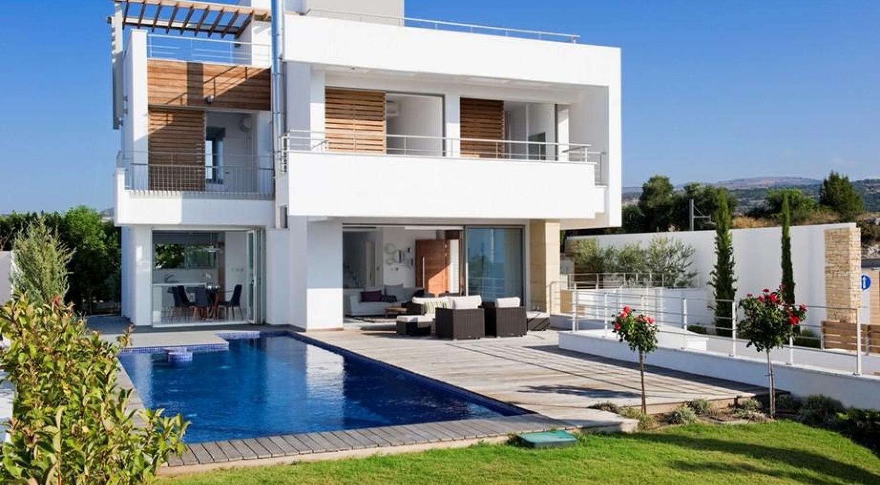 Exclusive 4 Bedroom Villa with Sea Views near Latsi - 14