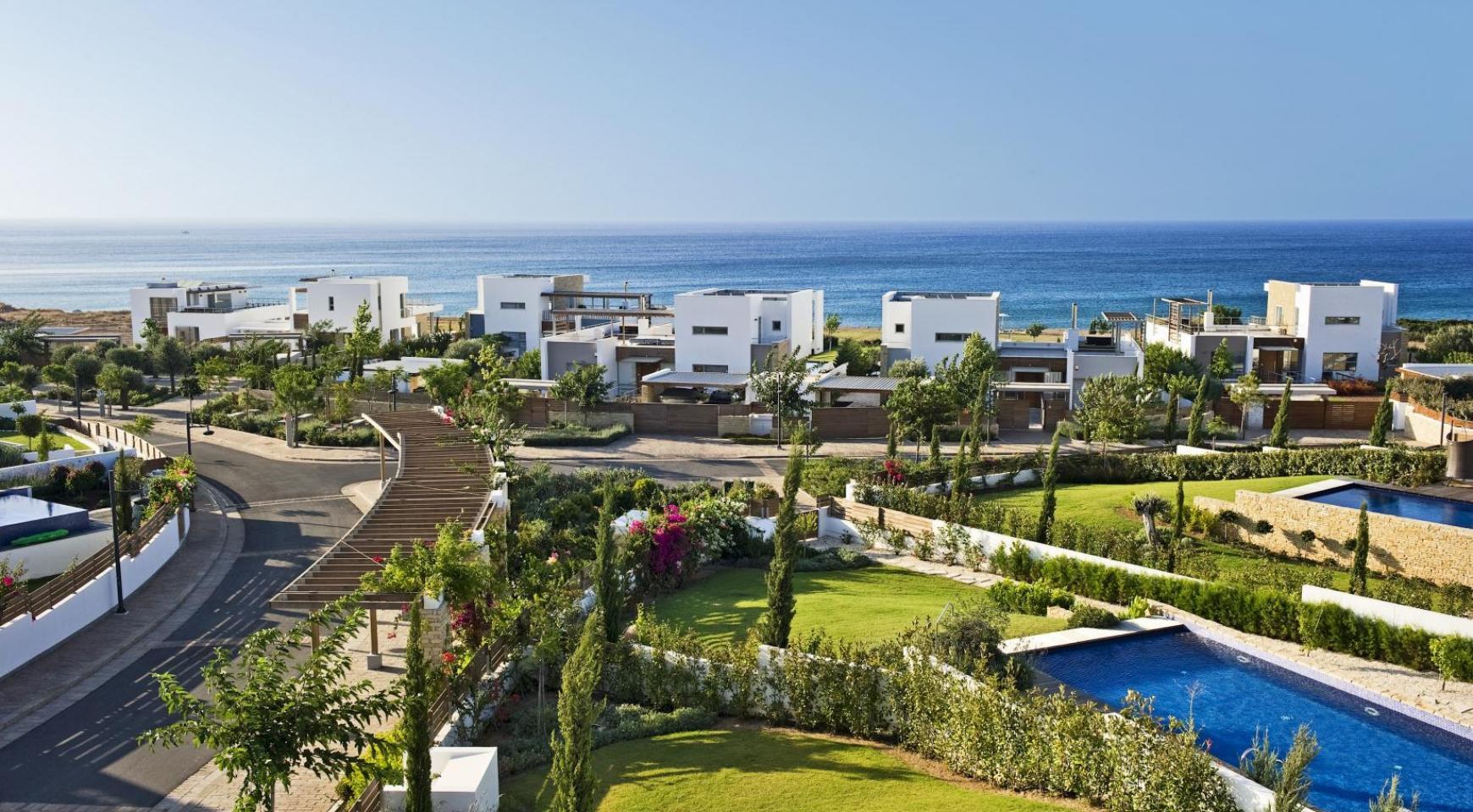 4 Bedroom Villa with Sea Views near Latsi - 16