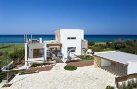 4 Bedroom Villa with Sea Views near Latsi - 19