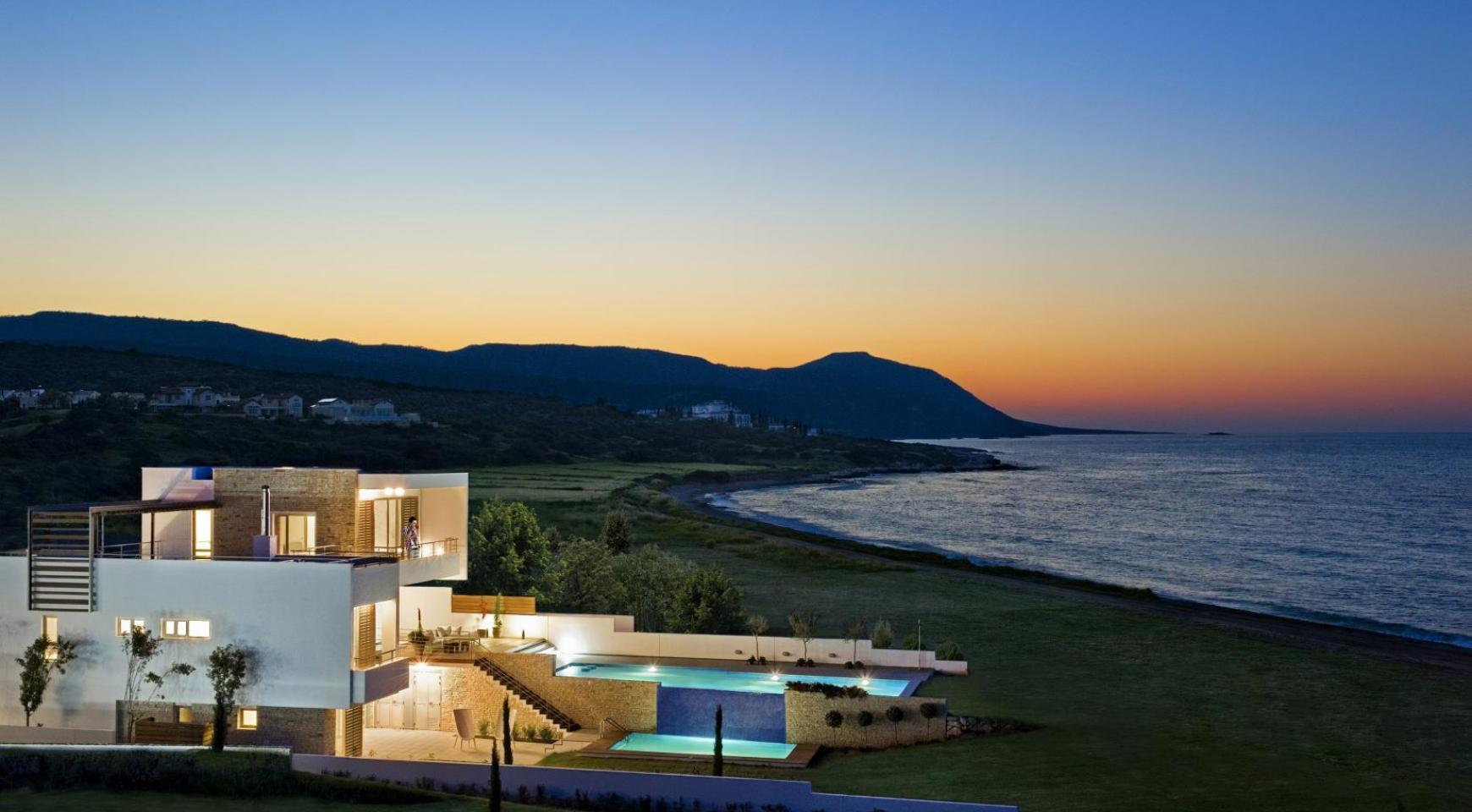 Exclusive 4 Bedroom Villa with Sea Views near Latsi - 15