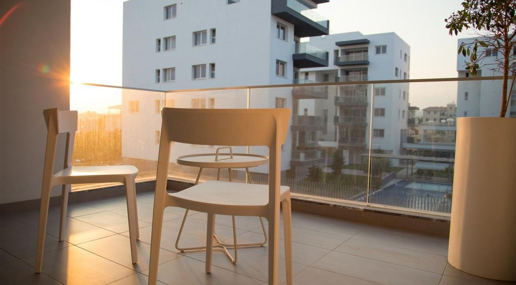 Luxury 2 Bedroom Top-Floor Apartment in a New Complex - 29