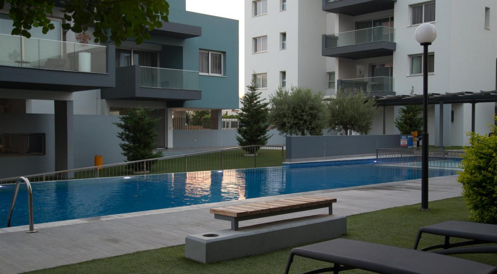 Luxury 2 Bedroom Top-Floor Apartment in a New Complex - 15