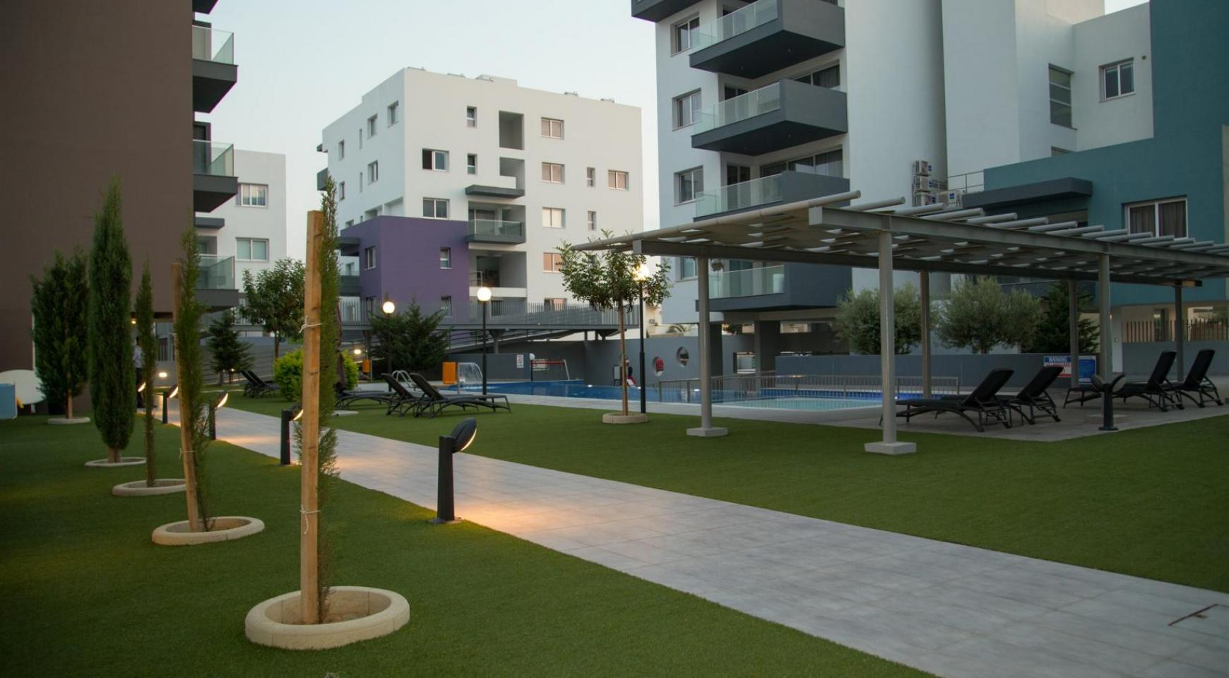 Luxury 2 Bedroom Top-Floor Apartment in a New Complex - 7
