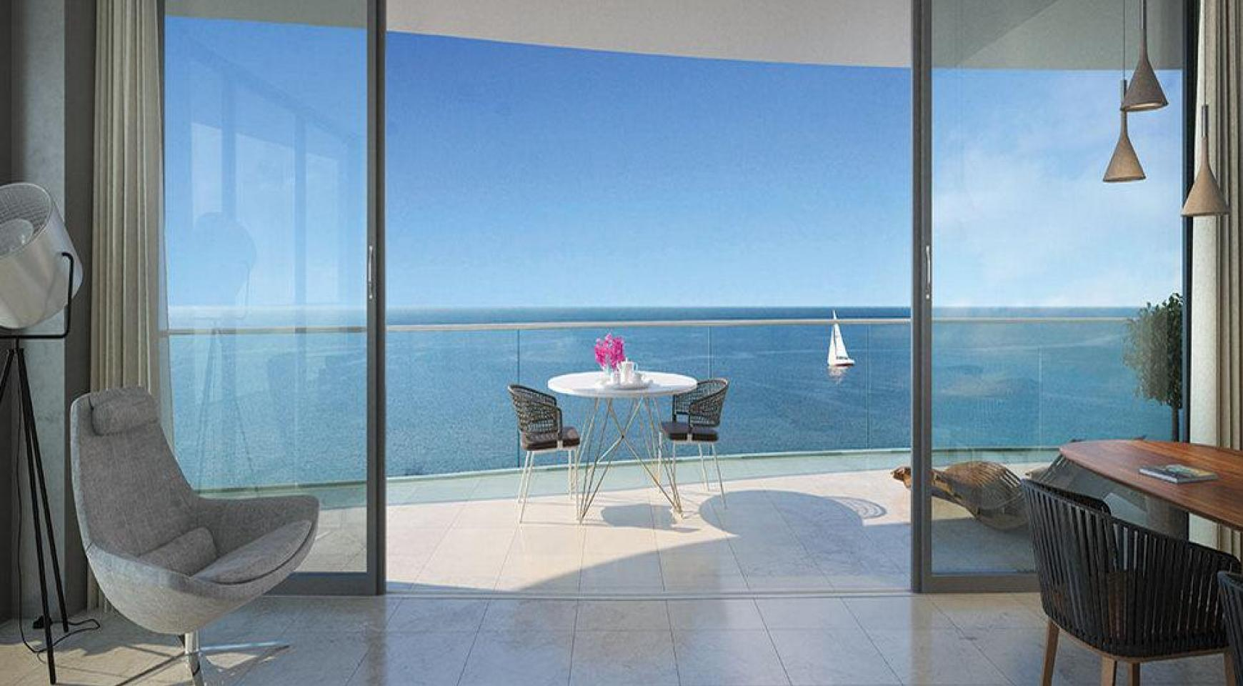 Luxurious 3 Bedroom Apartment in an Exclusive Seafront Project   - 7