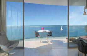 Luxurious 4 Bedroom Apartment in an Exclusive Seafront Project   - 16