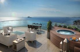 Luxurious 5 Bedroom Apartment in an Exclusive Seafront Project   - 15