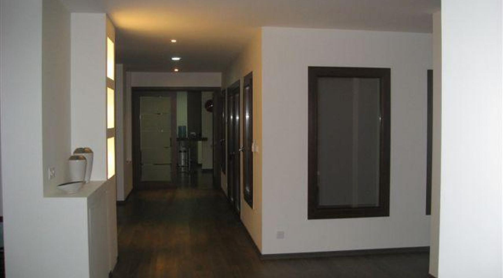 Spacious 4 Bedroom House in Nisou Area - 27