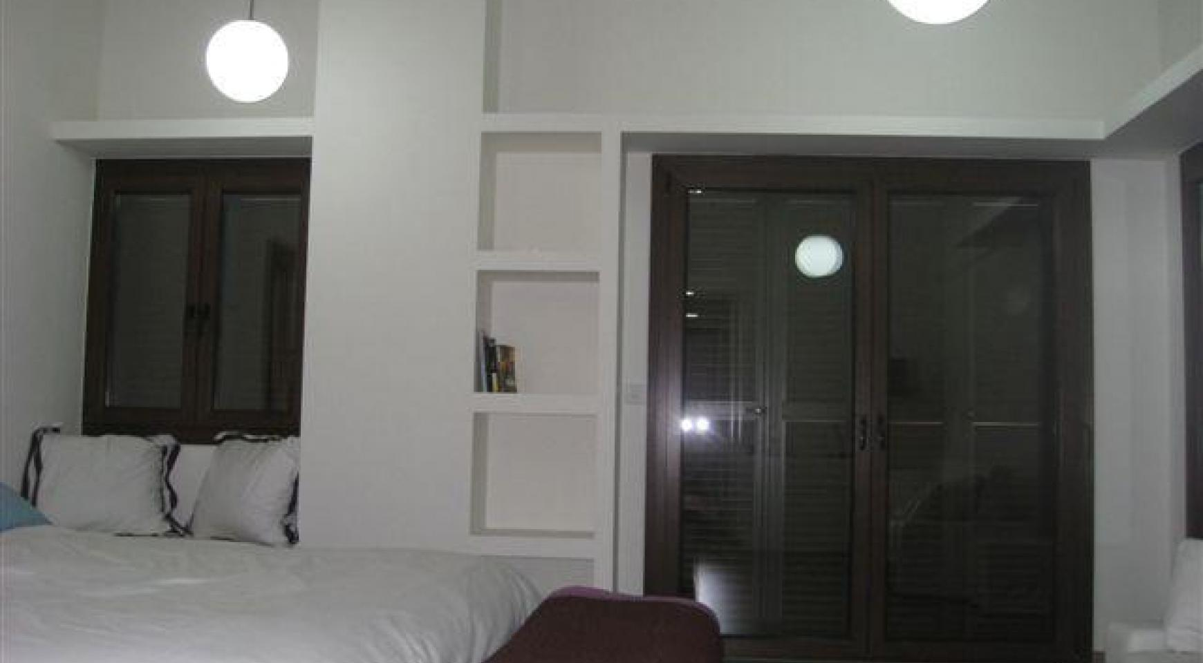 Spacious 4 Bedroom House in Nisou Area - 24