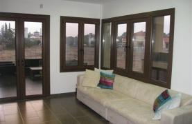 Spacious 4 Bedroom House in Nisou Area - 60