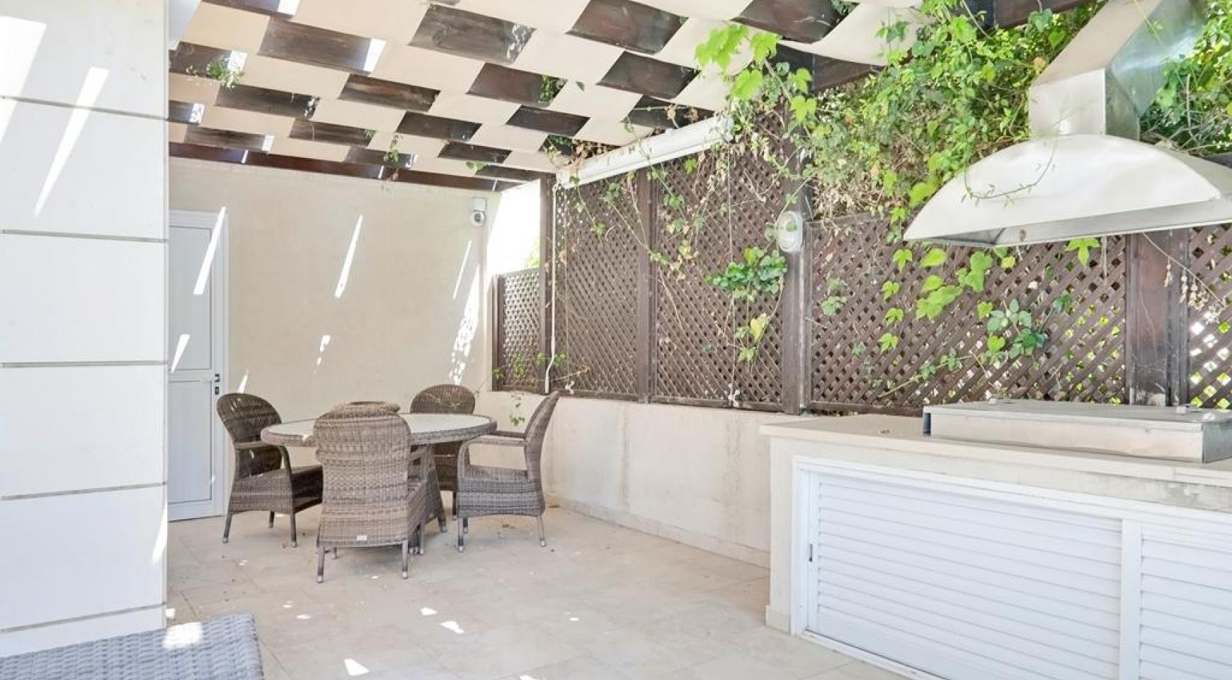 Beautiful 3 Bedroom Villa in a Prestigious Complex - 4