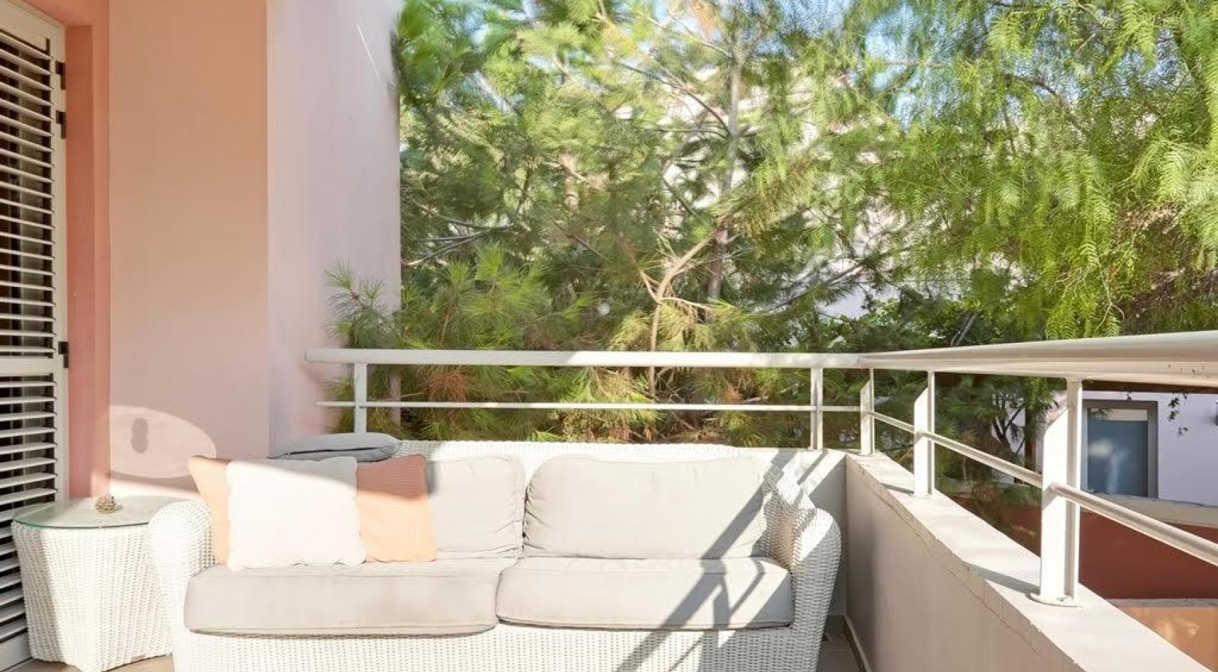 Luxury 2 Bedroom Apartment Amathusa F 104 near the Beach - 12