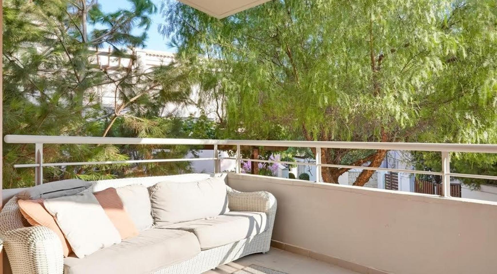 Luxury 2 Bedroom Apartment Amathusa F 104 near the Beach - 13