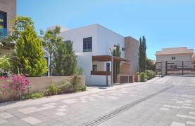 New Luxurious 3 Bedroom Villa within a Gated Project near the Sea - 22