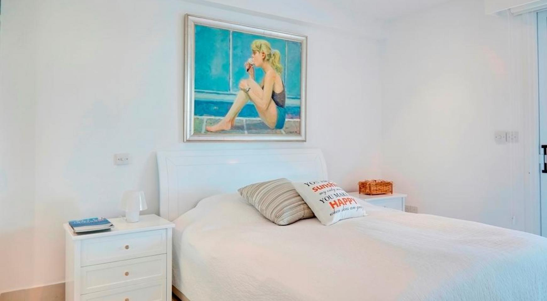 Luxury 2 Bedroom Apartment Berengaria on the Seafront - 13