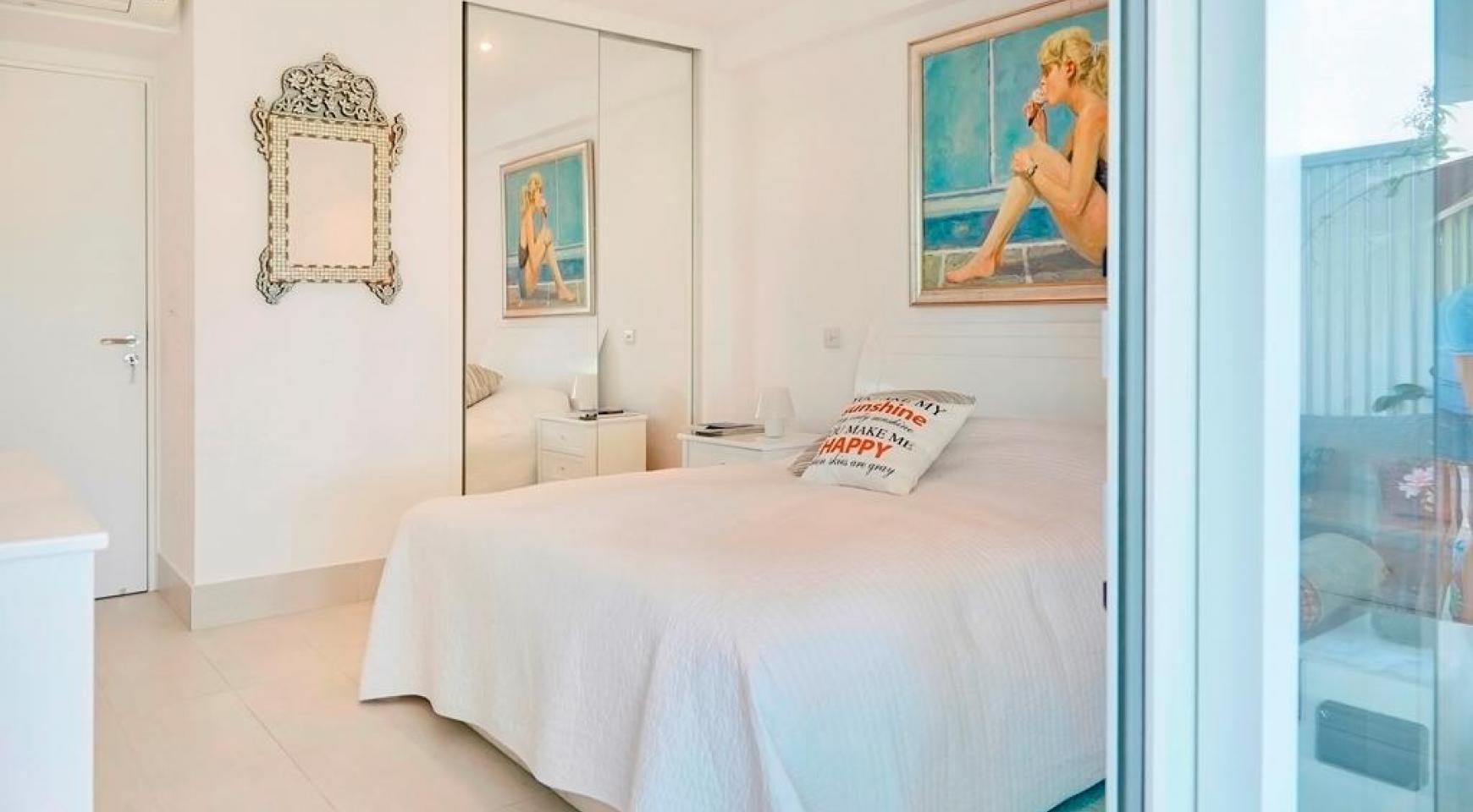 Luxury 2 Bedroom Apartment Berengaria on the Seafront - 16