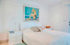 Luxury 2 Bedroom Apartment Berengaria on the Seafront - 39