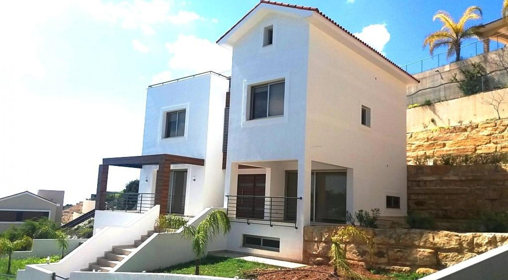 Luxury 4 Bedroom Villa with Stunning Sea Views in Agios Tychonas - 5