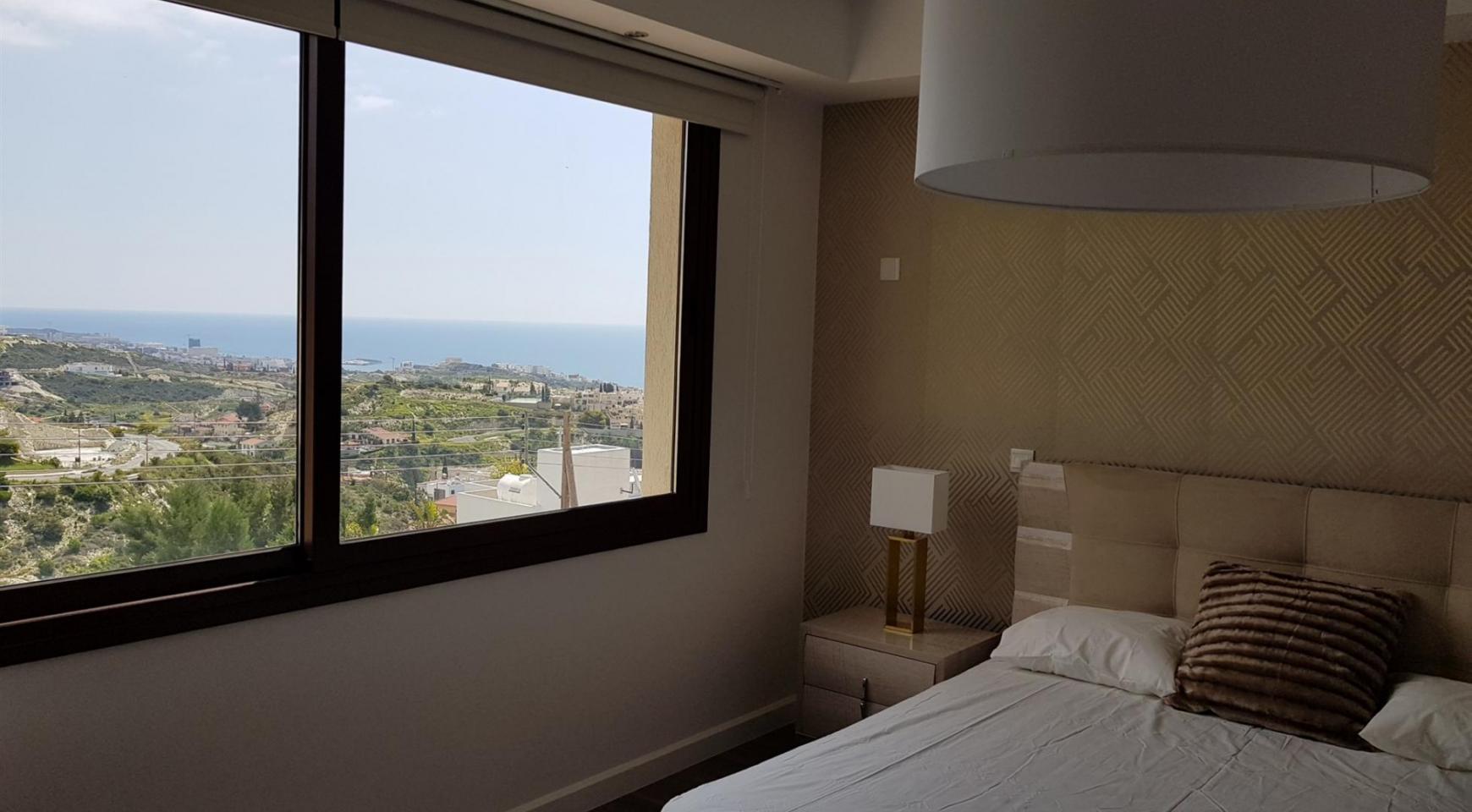 6 Bedroom Villa with Breathtaking Sea Views - 33
