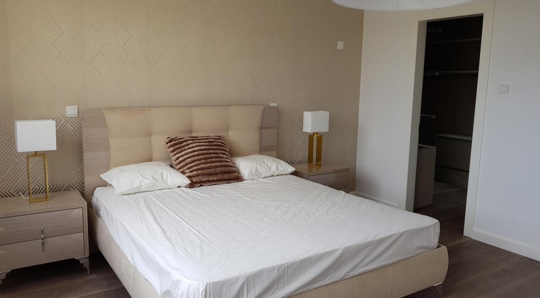 6 Bedroom Villa with Breathtaking Sea Views - 31