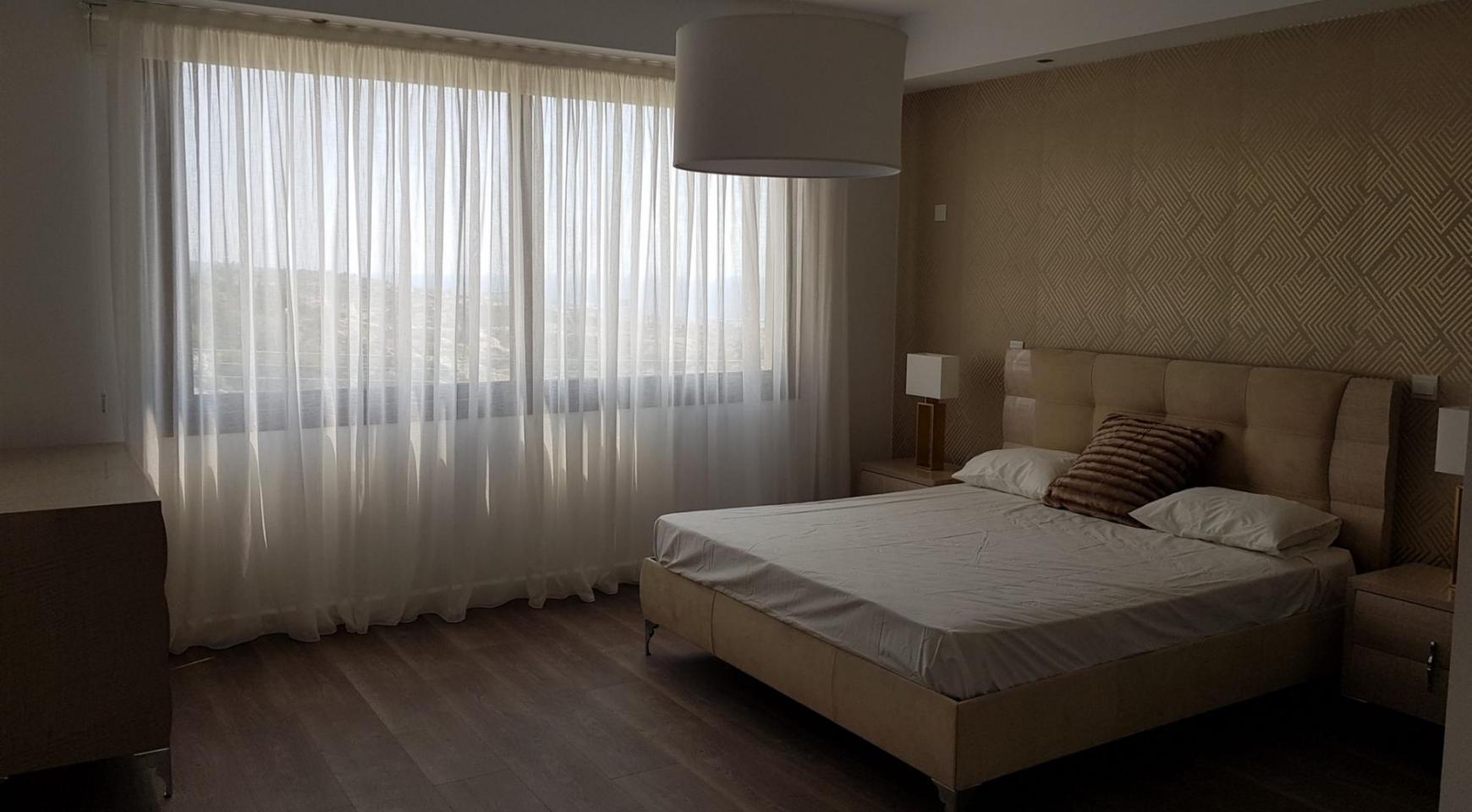 6 Bedroom Villa with Breathtaking Sea Views - 29