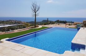 6 Bedroom Villa with Breathtaking Sea Views - 49