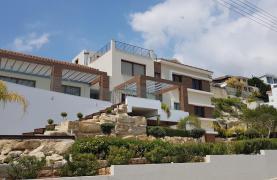 6 Bedroom Villa with Breathtaking Sea Views - 43