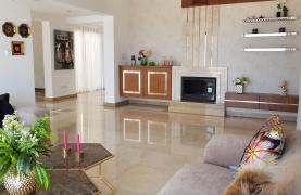 6 Bedroom Villa with Breathtaking Sea Views - 62