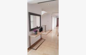 6 Bedroom Villa with Breathtaking Sea Views - 68