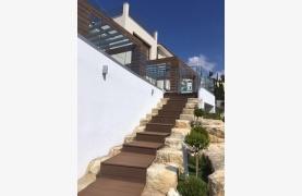 6 Bedroom Villa with Breathtaking Sea Views - 53