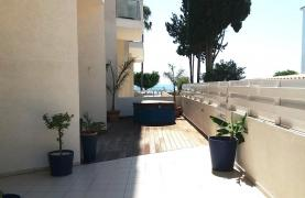 Spacious Beachfront  Apartment in the Tourist area - 27