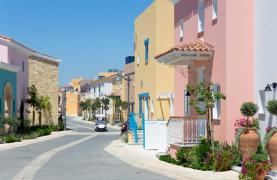 Luxurious 3 Bedroom Villa in an Exclusive development by the Sea - 40