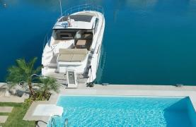 Luxurious 3 Bedroom Villa in an Exclusive development by the Sea - 23