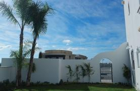 Luxurious 3 Bedroom Villa in an Exclusive development by the Sea - 35
