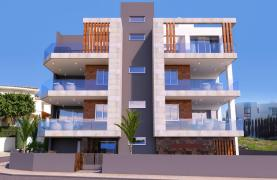 3 Bedroom Apartment in a Contemporary Building in Potamos Germasogeia - 9