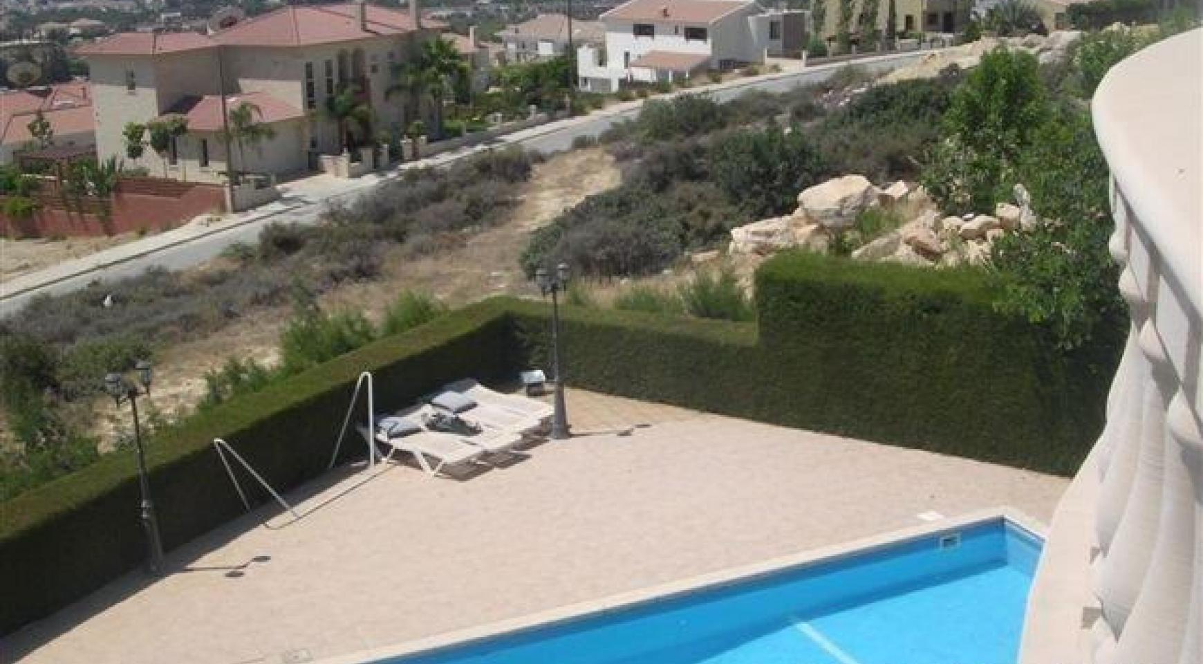 Classic Style 4 Bedroom Villa with Sea Views in Mesovounia Area - 2