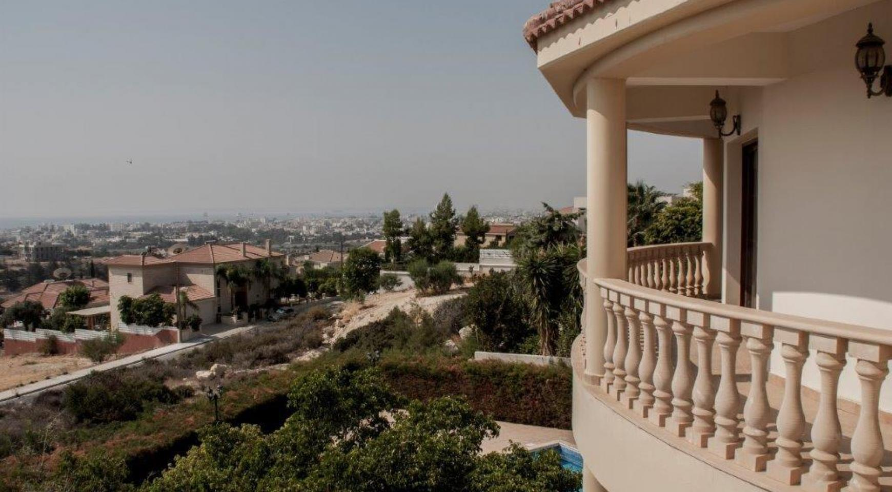 Classic Style 4 Bedroom Villa with Sea Views in Mesovounia Area - 14