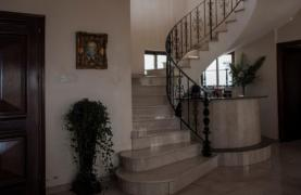 Classic Style 4 Bedroom Villa with Sea Views in Mesovounia Area - 29
