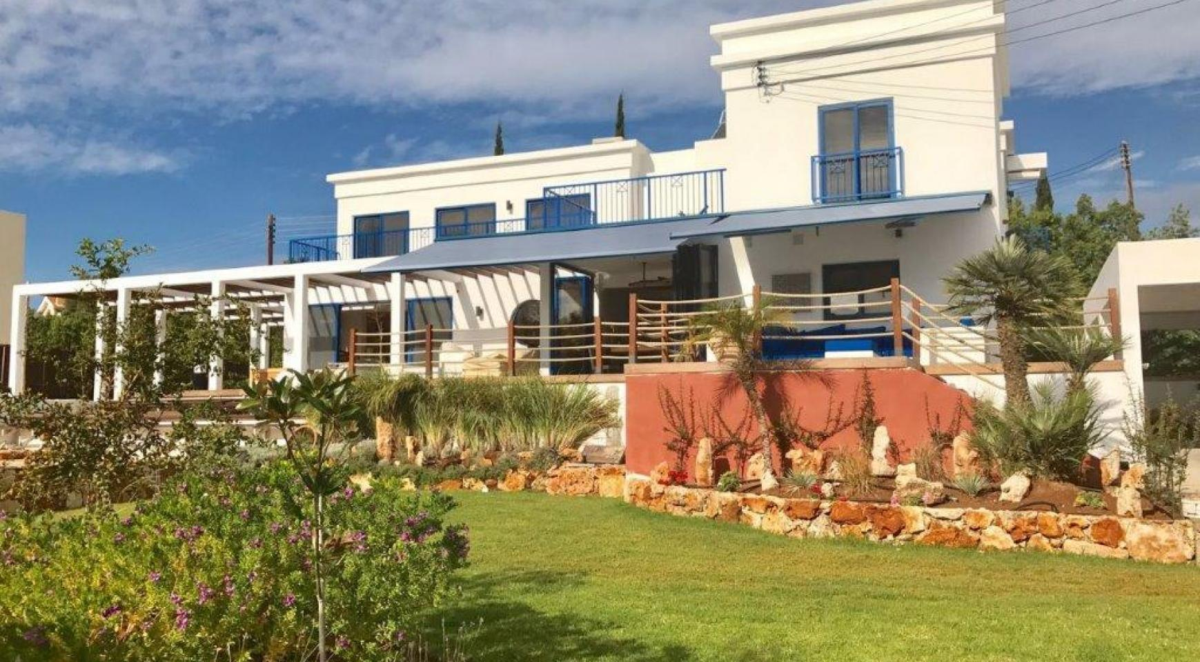 5 Bedroom Villa with Sea Views in Agios Tychonas Area - 1