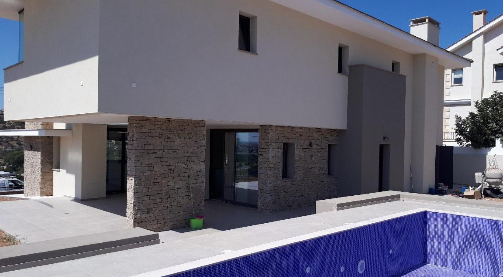 New Luxurious 4 Bedroom Villa With Sea Views in Messovounia - 5