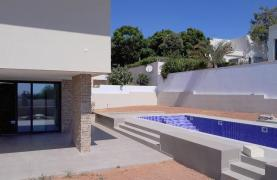 New Luxurious 4 Bedroom Villa With Sea Views in Messovounia - 21