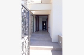 New Luxurious 4 Bedroom Villa With Sea Views in Messovounia - 24