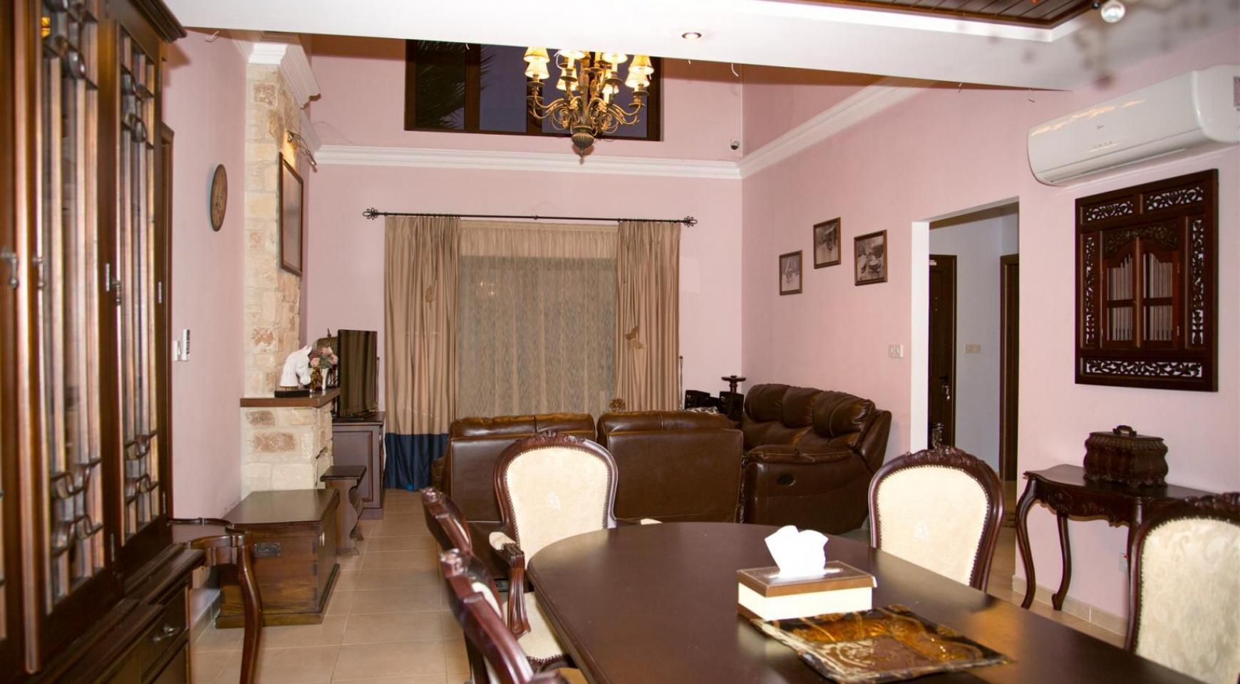 Nice 4 Bedroom Villa in Souni  - 8