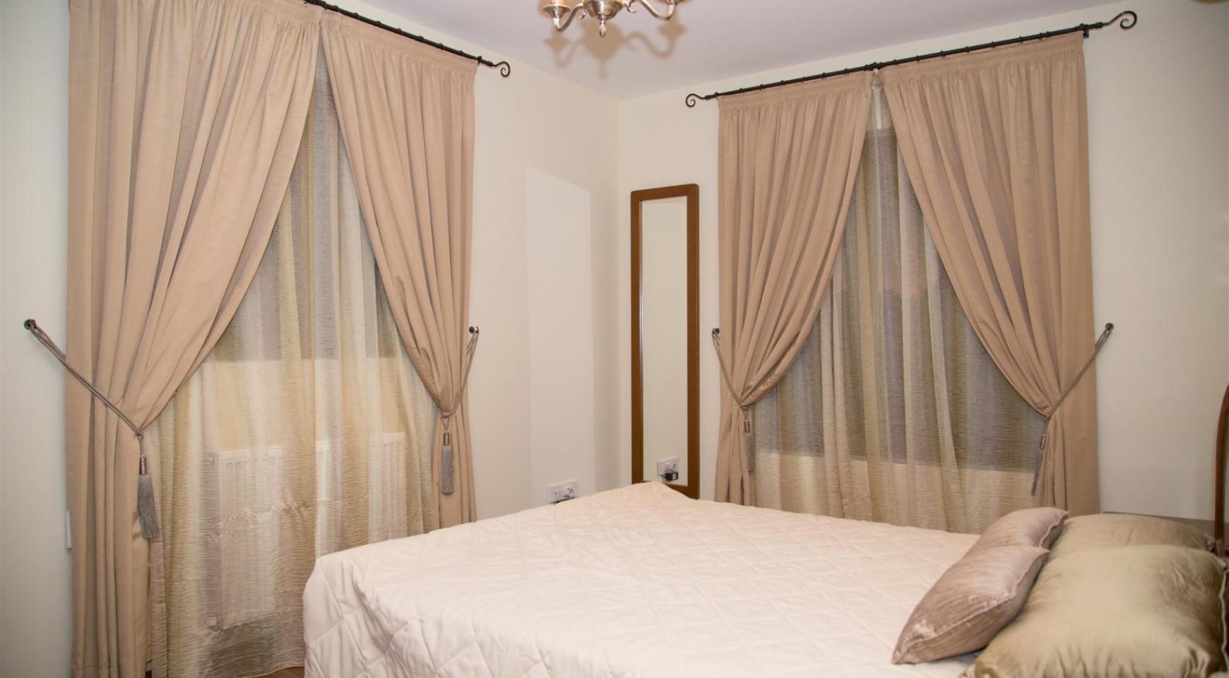 Nice 4 Bedroom Villa in Souni  - 15