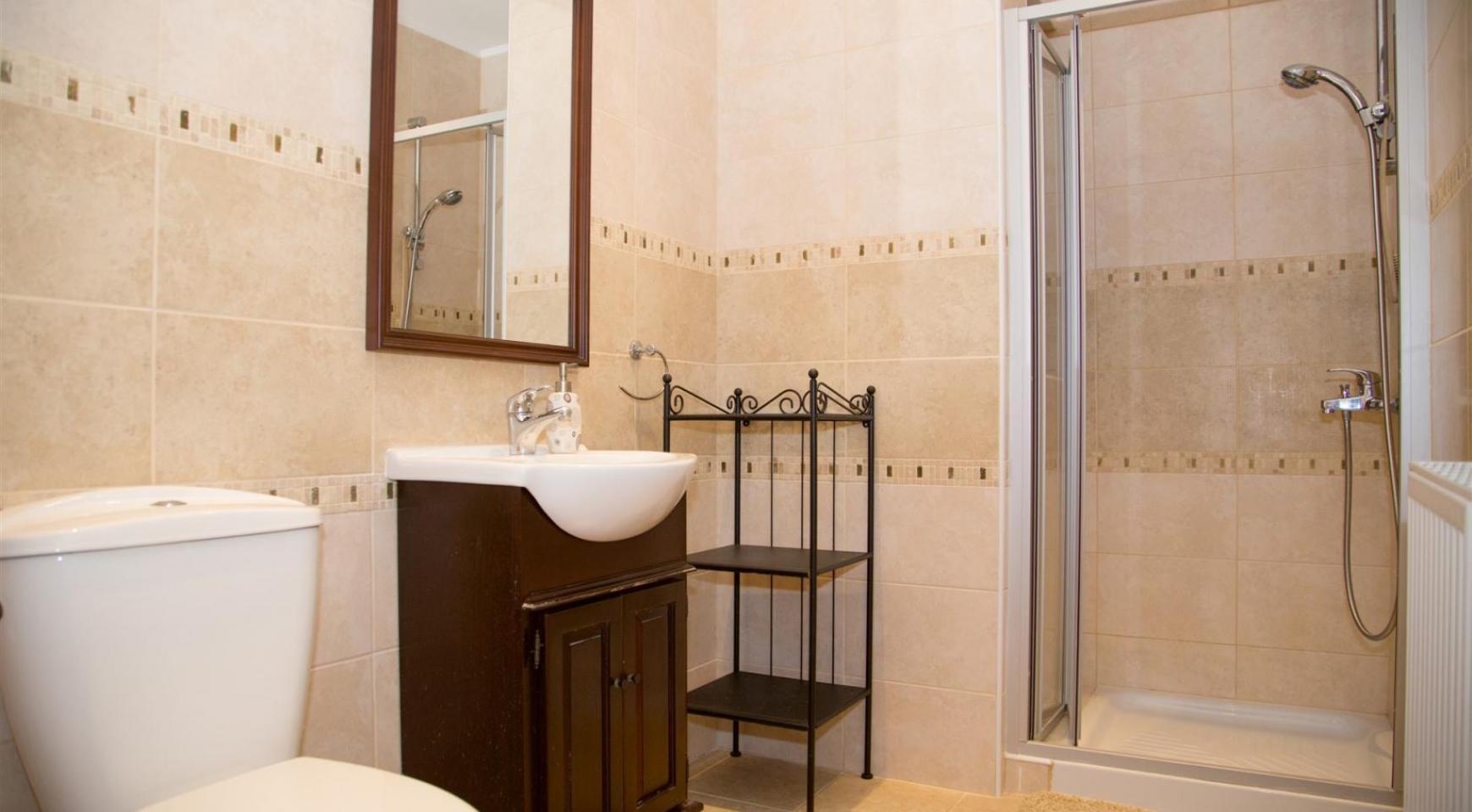 Nice 4 Bedroom Villa in Souni  - 22