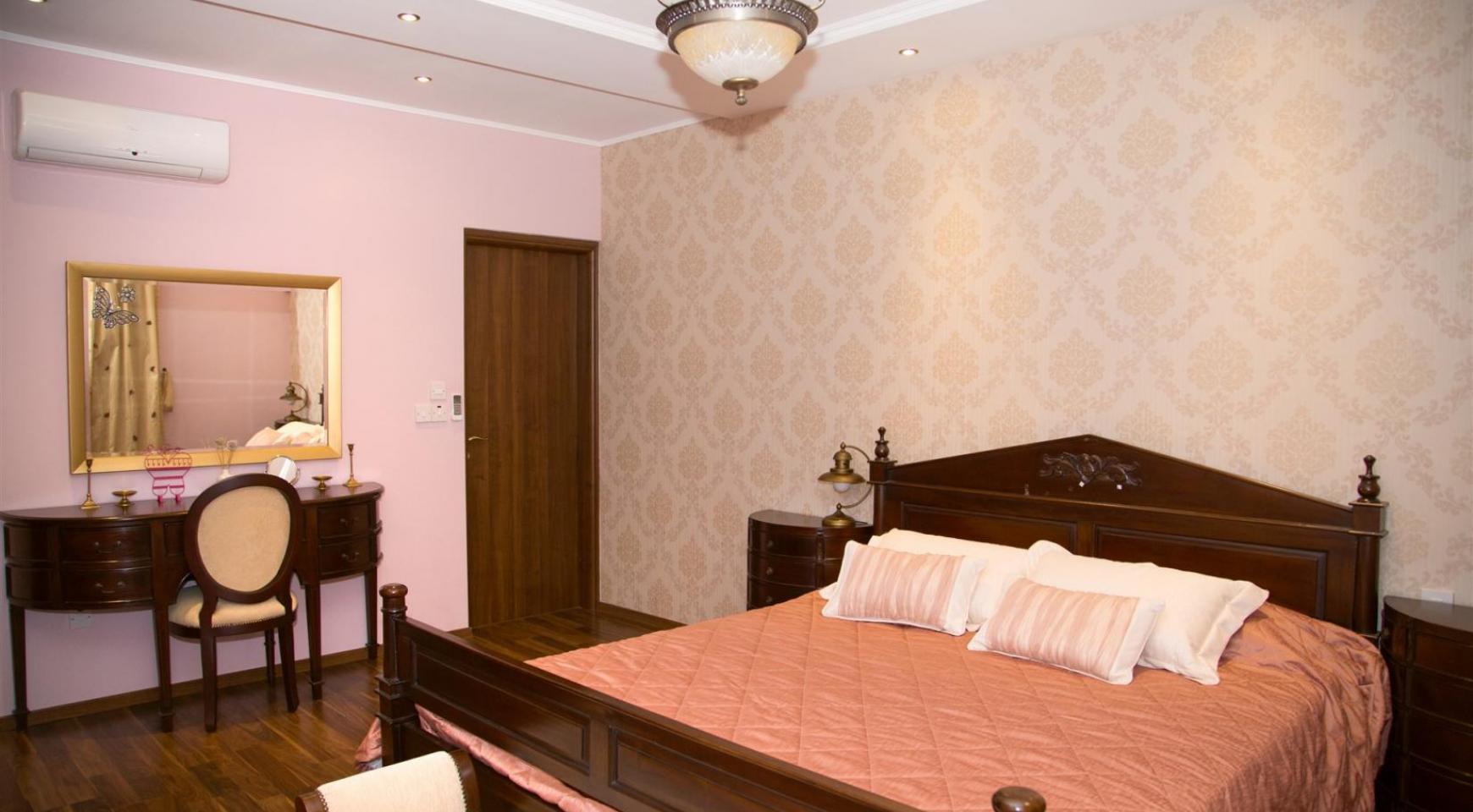 Nice 4 Bedroom Villa in Souni  - 11