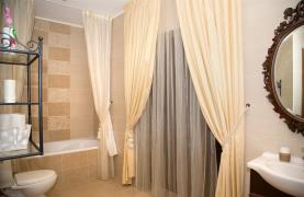Nice 4 Bedroom Villa in Souni  - 43