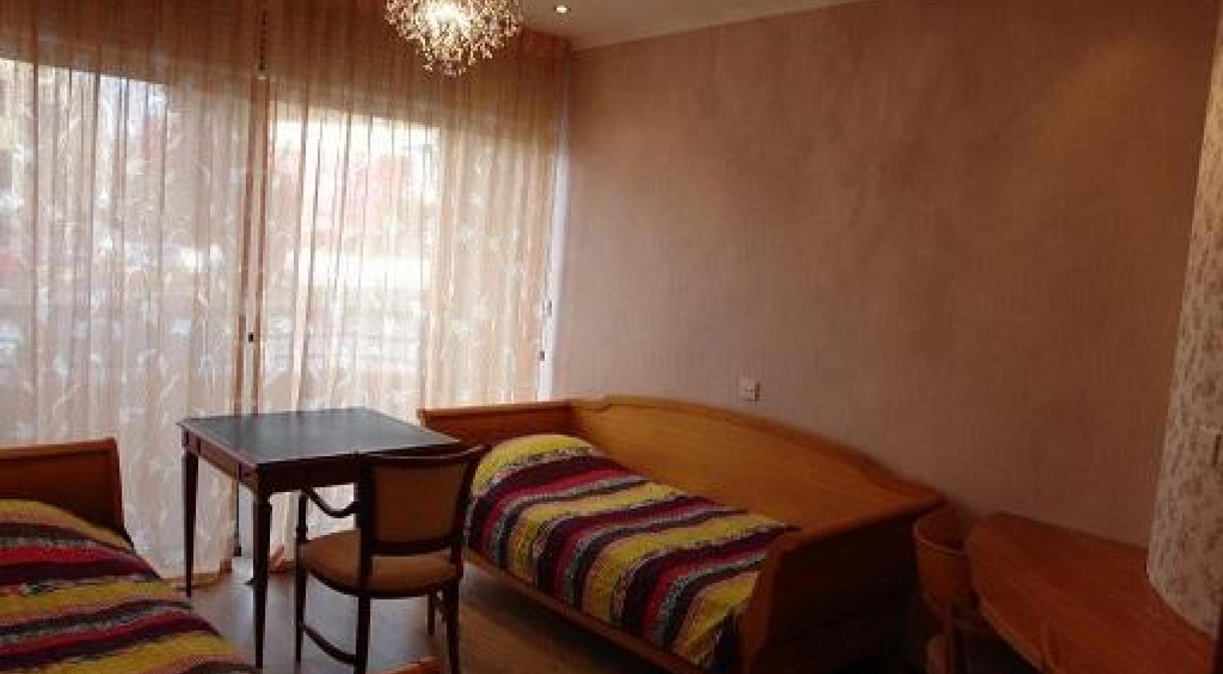 Cozy 3 Bedroom Apartment by the Sea in Potamos Germasogeia  - 8