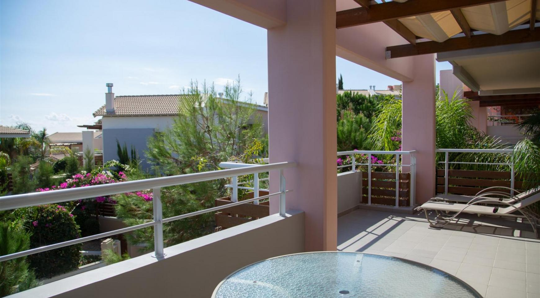 Luxury 2 Bedroom Duplex in the Complex near the Sea - 18