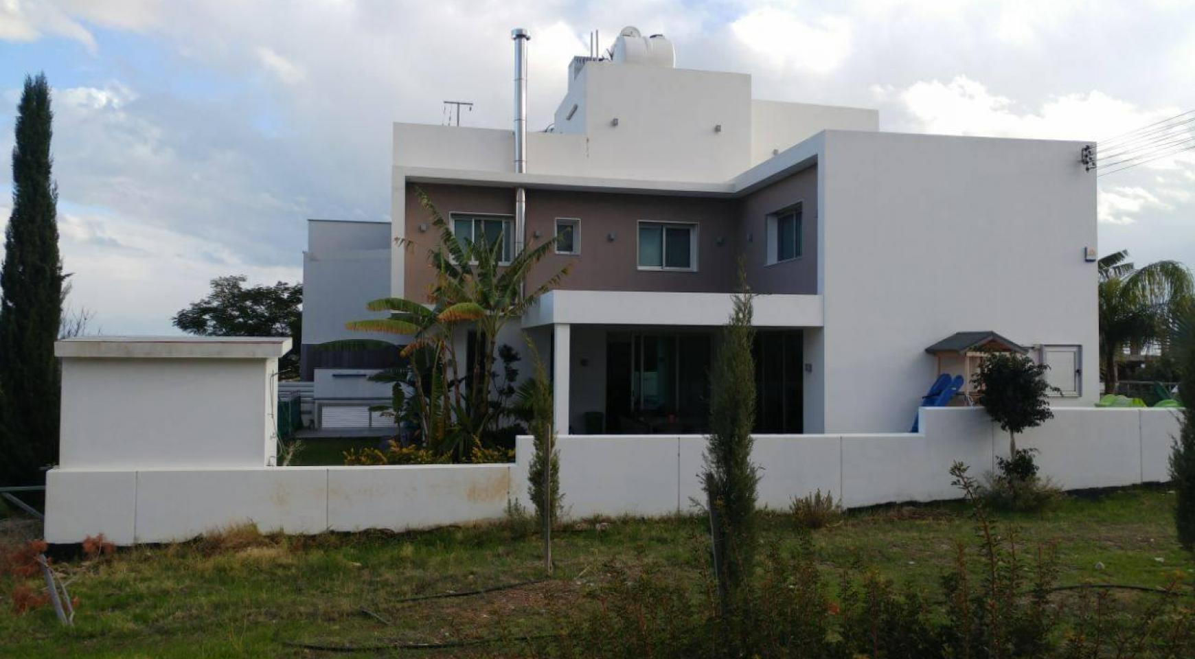 Modern 4 Bedroom semi-Detached House in Episkopi - 7