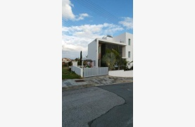 Modern 4 Bedroom semi-Detached House in Episkopi - 41